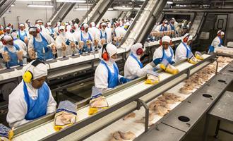 China pede correções após inspeções em frigoríficos
