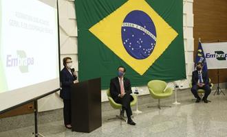 Tereza Cristina participa da assinatura de acordo de cooperação entre Apex-Brasil e Embrapa