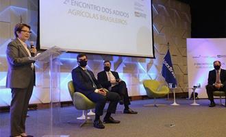 Encontro reúne adidos agrícolas em 22 países para tratar da internacionalização do agro brasileiro