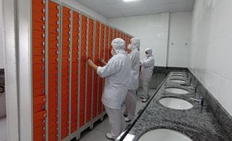 Aurora investe R$ 19 mi no conforto dos trabalhadores do frigorífico de aves de Erechim