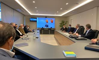 Governador do MS participa de reunião na sede da Aurora
