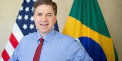 Embaixador dos EUA diz que Brasil pode virar 'herói ambiental'
